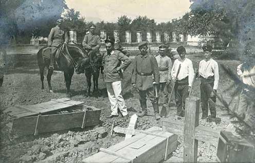 Német katonák exhumálnak a jagodinai temetőben