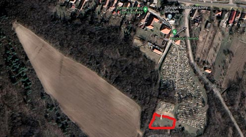 A temető feltételezhető helye Google maps műholdfelvételen piros kerettel jelölve