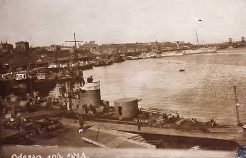 Dunai monitorok képe Odesszában 1918 áprilisában