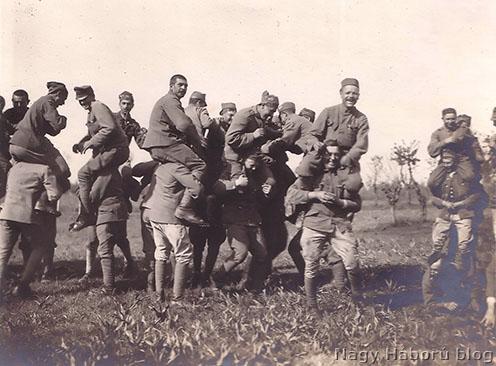 Játszadozó rohamosok 1918 májusában