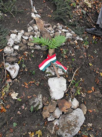 Emlékjel a temető helyén