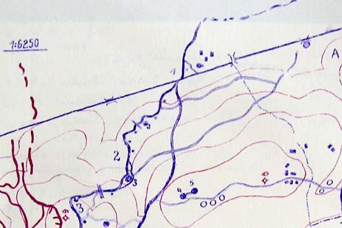 Az Isonzó alszakasz általános vázlata 1916 júliusában. A vázlaton jól látható, hogy hol törik meg a Biene 2 védelmi vonal nyugat felé. A töréspontban 3-as számmal egy, az előző vázlaton is jól kivehető, 50 főt befogadó kavernát jelölnek