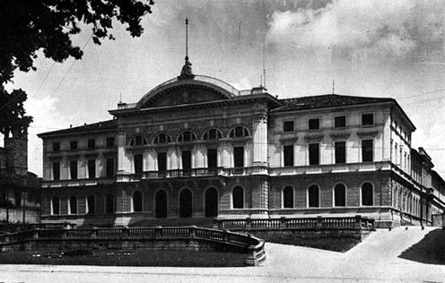 Az olasz főparancsnokság központi épülete Udinében