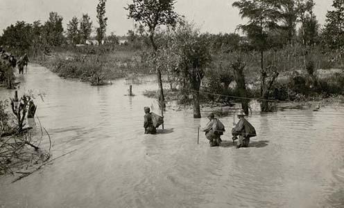 Katonák a Piave árterében