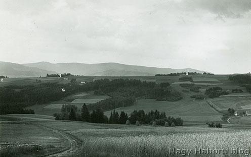 A Jabloniec dél felől készült fotója 1937-ből