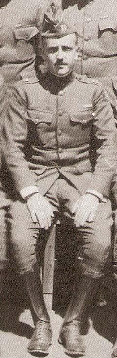 Austin Story százados
