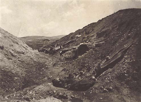 Príslušníci ostrihomského 26. pluku na talianskom fronte.