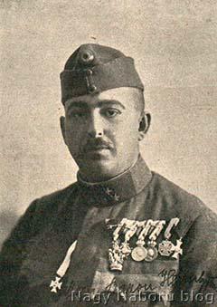 Heim Géza egy későbbi fotón már századosként
