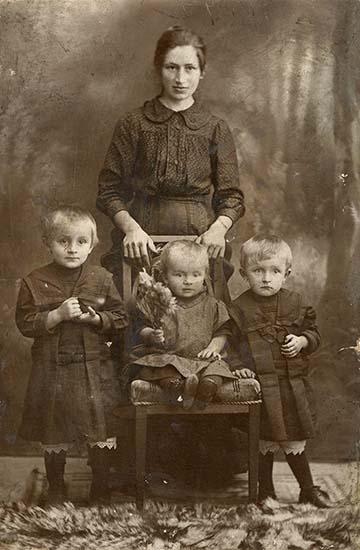 Nagy Lászlóné Bodon Erzsébet mihályfalai hadiözvegy az I. világháború idején