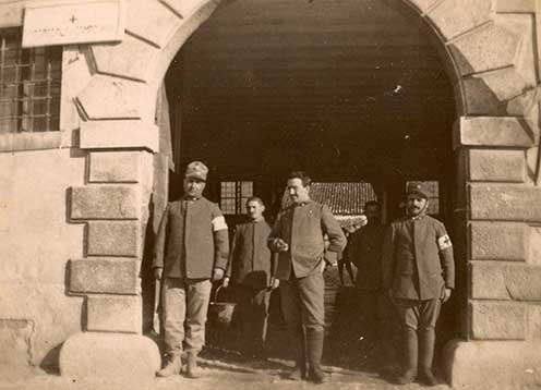 A medeai 060-as kórház bejárata