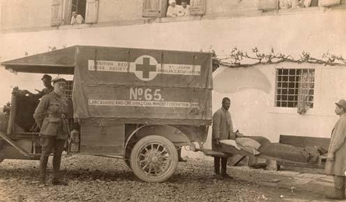 Angol betegszállító jármű Medeában