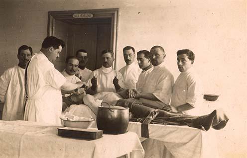 Hónaljverőér elkötése a medeai 060-as kórházban