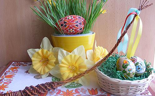 Cseh húsvéti asztali díszítés napjainkban pomlázkával