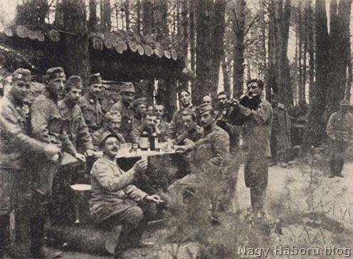 Az üteg tisztikara 1916. április 27-én, négy nappal húsvét után