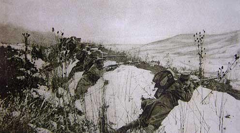 Osztrák-magyar katonák a Przemyśl körüli lövészárkokban
