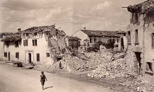 Mariano, rovine dello scoppio carri di munizioni