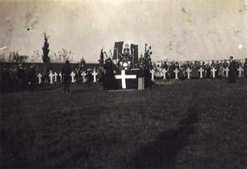 Il cimitero di Mariano 2 novembre 1916