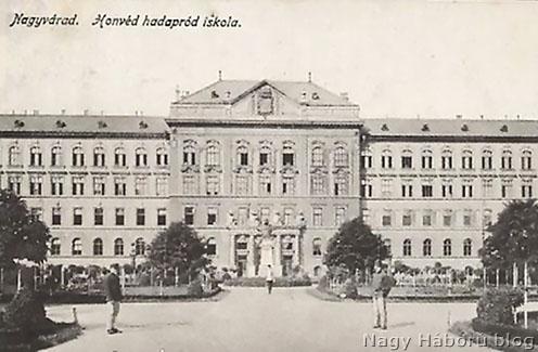 A honvéd hadapród iskola képeslapi ábrázolása