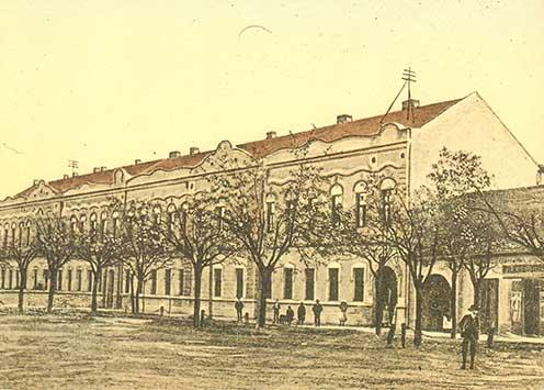 A zentai gimnázium épülete az 1910-es években