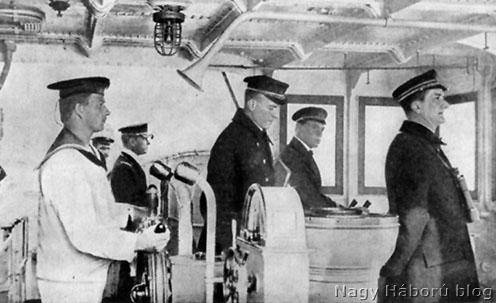 Horthy Miklós a Novara parancsnoki hídján