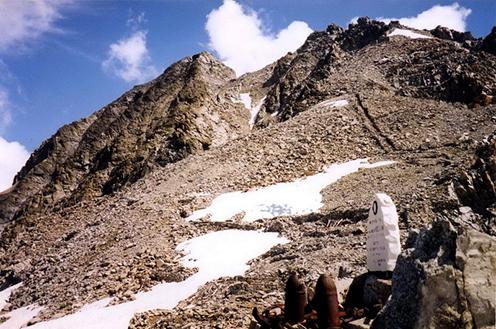 Osztrák-magyar védelmi állások a Payer-hágón 2900 méteren