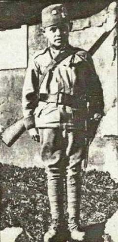 Elez Dervišević katonaként