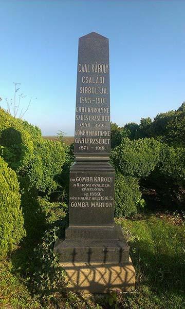 A Gaál-Gomba család síremléke Mezőkeresztesen