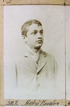 Ady Endréről 1899-ben készült portré. Gondy és Egey felvétele