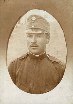 Novák István katonafotója