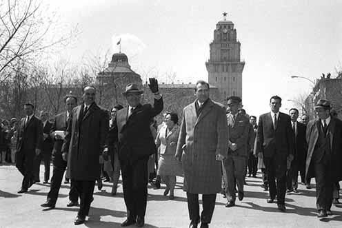 Tito és kísérete Zentán 1969. április 19-én (Stevan Kragujević Štica gyűjteményéből)
