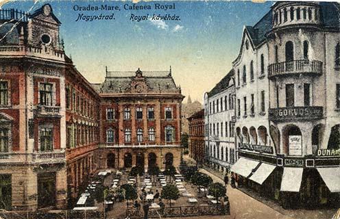 A Royal kávéház a Rimanóczy Szálló és Gőzfürdőben. A Rimanóczy építészdinasztia két legjelesebb tagjának, id. Rimanóczy Kálmánnak (1840–1908) és fiának, ifj. Rimanóczy Kálmánnak (1870–1912) a munkássága máig meghatározza Nagyvárad városképét