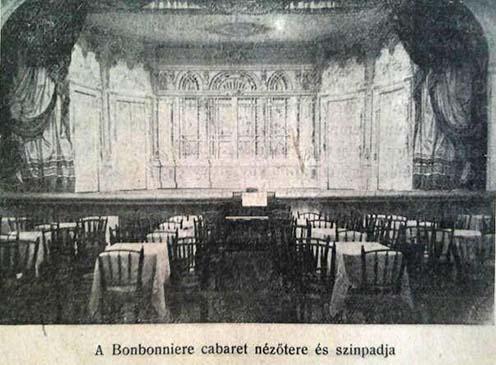 A Bonbonniere kabaré színpadja