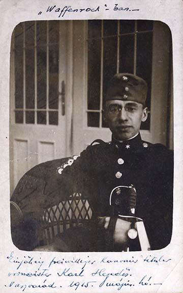 Büszkén feszít a Waffenrockban Hegedős Károly 1915 májusában (fénykép az emlékiratból)