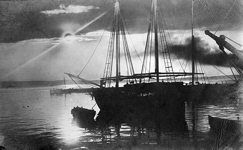 Halászbárkák az Adrián 1918-ban