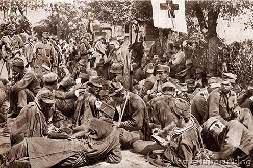 Sebesült katonák a kötözőhelyen