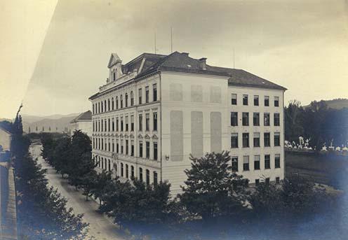 A marburgi 3. számú tartalékkórház épülete a háború idején