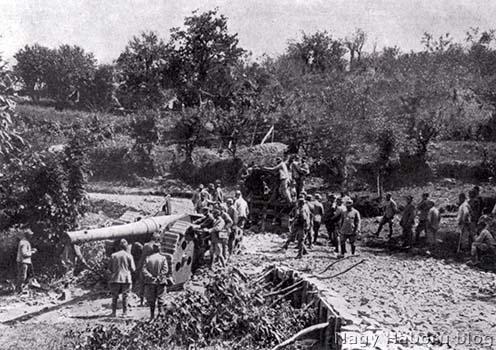 Olasz tüzérség az Isonzó-fronton