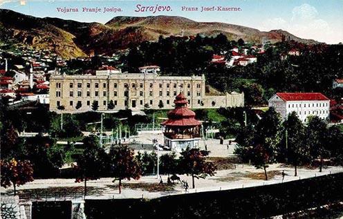 A Ferenc József laktanya Szarajevóban korabeli képeslapon