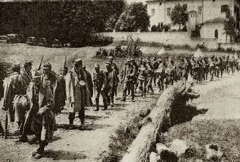 Könnyebb sebesültek menete az olasz harctéren
