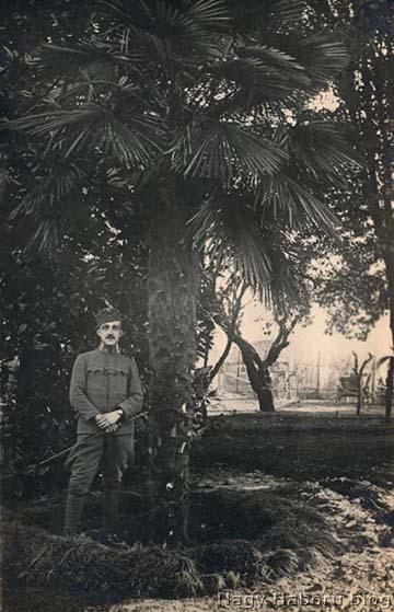 Kókay László hadnagy 1918. február 1-jén Gajarinében [[helyesen Gaiarine, Olaszország]]. 1917. december 2-án kapta meg a hadnagyi kinevezését (1917. február 1-jei ranggal).