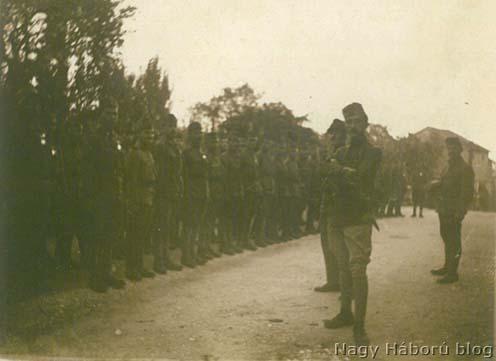 Kókay László a szakasza előtt még az állásba indulást megelőzően, 1918 őszén