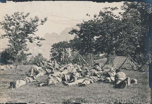 Pihenő sturmosok még 1918 szeptemberében