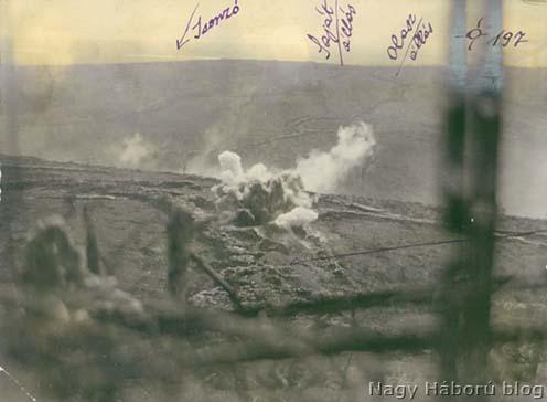 Olasz állások tüzérségi tűzben San Martino előtt 1916 tavaszán