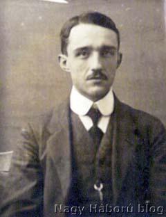 Kókay László 1915 tavaszán Szegeden még diákként készült fotója