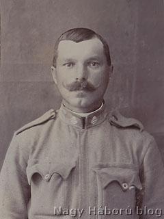 B. Sárközy Gergely katonafotója