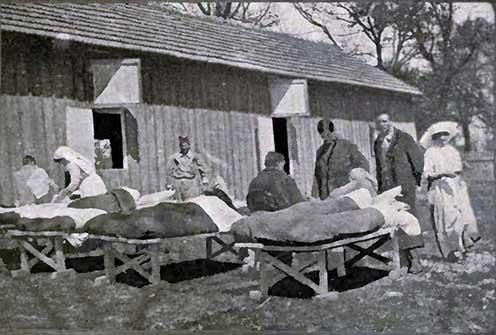 Tífusz barakk a brit vöröskeresztes missziónál