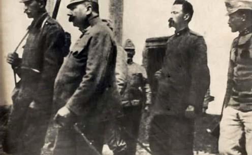 Cesare Battistit kivégzésre viszik