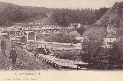 Jobbra fent látható a Rákóczi vár a korabeli képeslapon