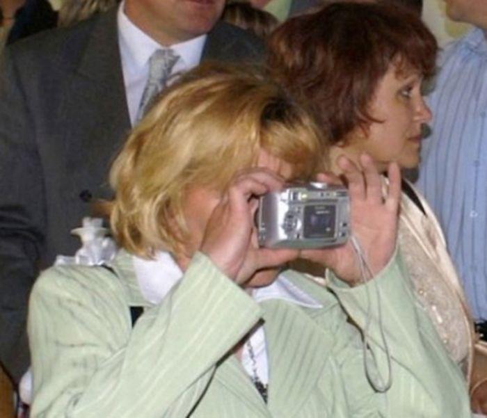 older-people-versus-technology-fails-58c7c1bcee294_700.jpg