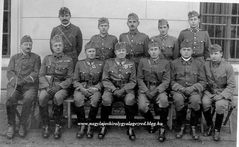 Csapatkép Ezredtörzs 1940.jpg